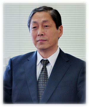 新井信一教授 インタビュー写真